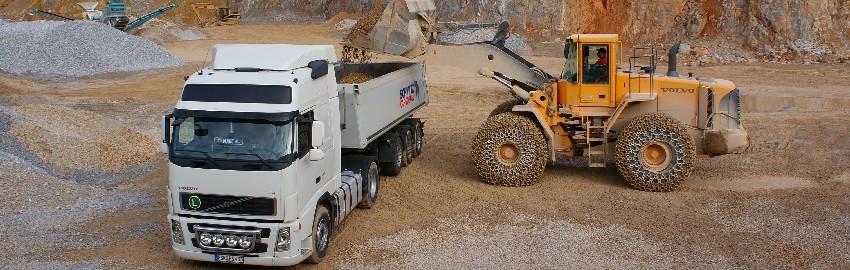 Schüttguttransporte/Sattelkipper